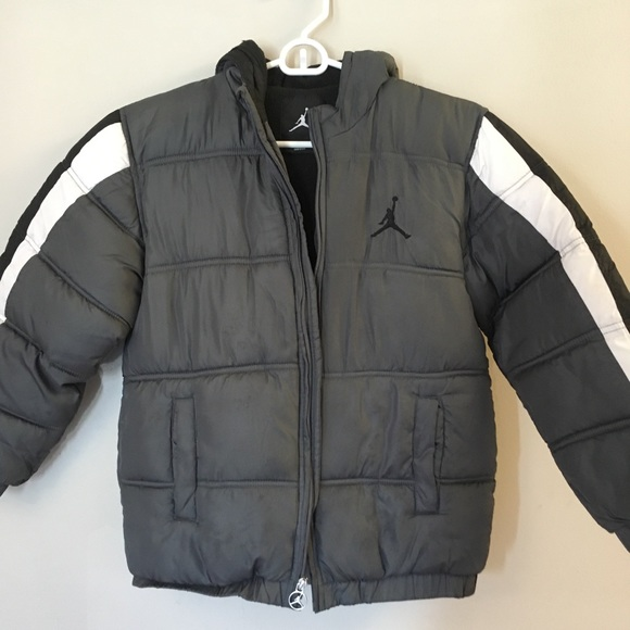 6b77cba8fb29c Jordan Other - Air Jordan Big Boys Small Warm Winter Puffer Coat